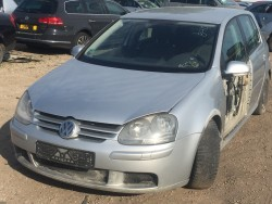 Volkswagen Golf 5 1.6 2004