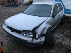 Volkswagen Golf 4 1.9D 2000